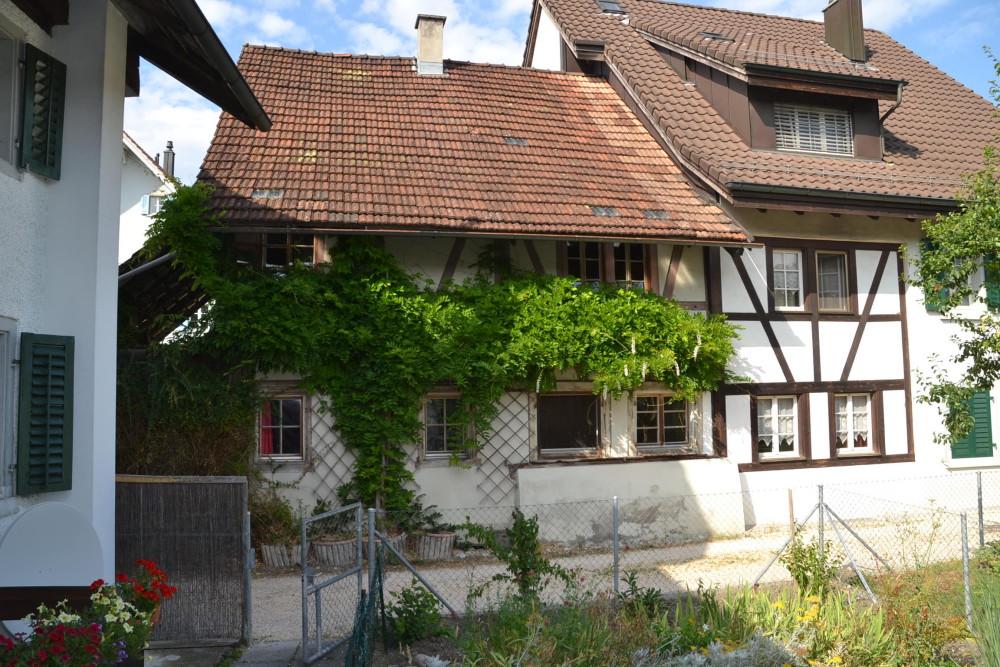 Dorfstrasse 24 von Süd